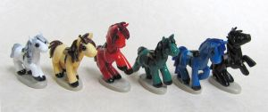 6 tiny horses by DragonsAndBeasties