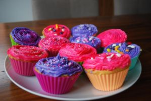 colourful cupcakes by justlottie