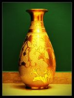 Vase by Tantawi