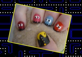 Pac Man nails by uutopicaa