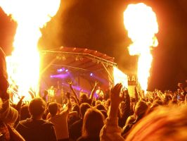 fire effects at the Saltatio Mortis concert (MPS) by Draco-Draconigen