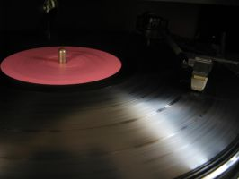 Spin Ye Olde Record by freak-illusions