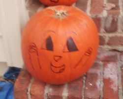 AWESOME PUMPKING by Rosiehamster