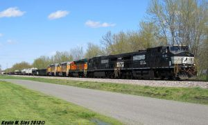 Leasing Locomotives on NS 301 train by EternalFlame1891