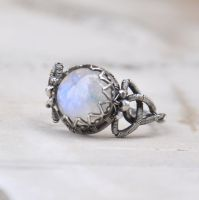 Celtic moon - wire-wrapped ring by Eire-handmade