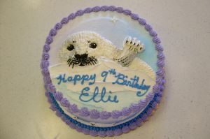 Baby harp seal cake by The-EvIl-Plankton