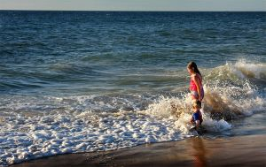 Kids at the beach 4 by RaynePhotography