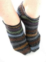 hand-knit ankle socks for me by riizu