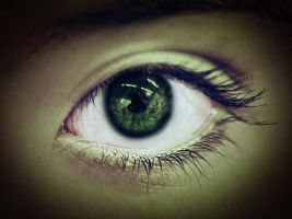 Green eyes are beautiful by AlexCarata