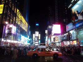 Time Square- too many people by Tenoko1