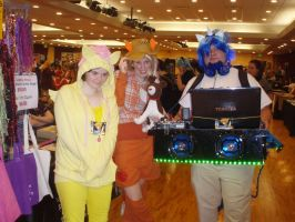 Fluttershy, Applejack,and DJ Pon 3 - Tigercon 2012 by WolvesOfComedy