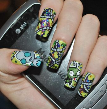 Invader Zim-Gir nail Art by MadamLuck