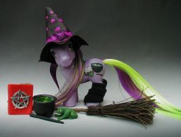 Halloween Hocus Pocus by customlpvalley