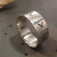 Stitches - A man ring by Jealousydesign