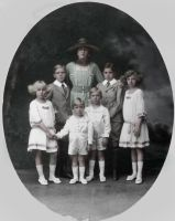 Queen of Spain with her children by Linnea-Rose