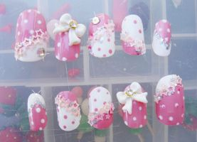 CUTE POLKA DOT, 3D BOW NAILS by jadelushdesigns