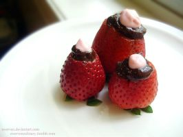 chocolatecheesecake strawberry by Zwerven