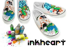 grafitti custom painted shoes by felixartistixcouk