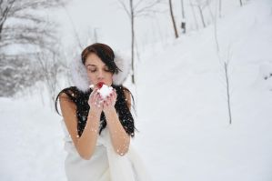 Blow a winter kiss by Tonyna