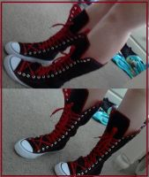 Red and Black Yuffie Shoes :D by SephysAngel