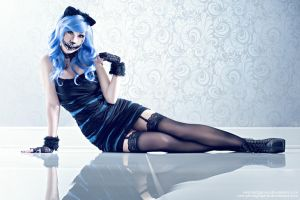 Cheshire cat Lady by ONE-Photographie