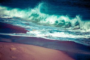 Rising Tide by MortuusHyperion