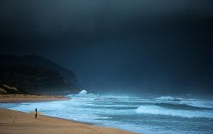 Stormy Seas by jbrum
