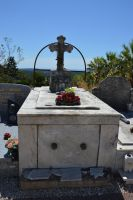 Old grave with view on the sea by A1Z2E3R