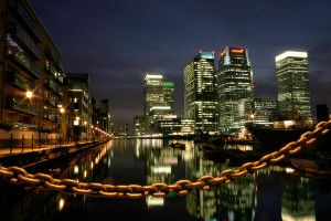 docklands at night by cenkini