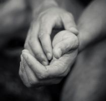 These hands of mine... by baogwan