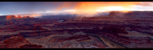 Dead Horse Point Panorama by narmansk8