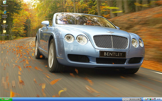 November 2006 Desktop by ronnie-k