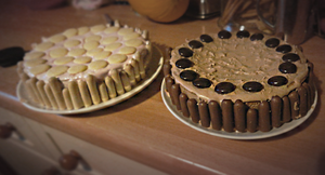 Mothers' day cakes by EleanorAnsell