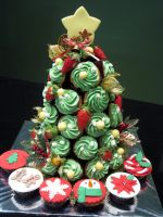 Christmas Tree Cupcake Tower by Sliceofcake