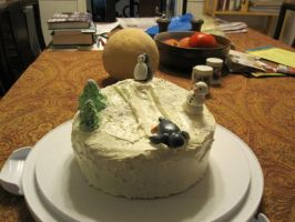 Penguin cake by recycledrapunzel