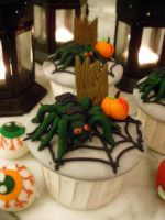 Spider Cupcakes by Sliceofcake