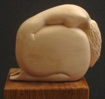 kneeling figure by gecko-online