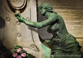 Pere Lachaise 2 by iconicarchive