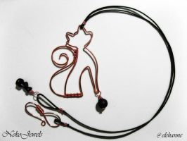 Copper Catz and black onyx by Elehanne