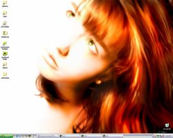 Redhead Desktop XP by splat