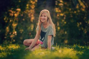 Aino by riotcolor