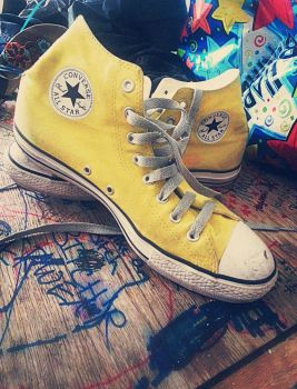 Converse by oxecotton