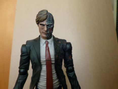 Aaron Eckhart - Nolanverse Harvey Two Face by kickm