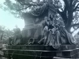 Tombe du Pere-Lachaise IIX by Thelema001