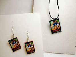 Sonic SEGA necklace/earring set by thezombiejester