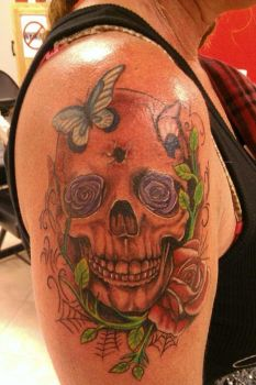 Skull Flowers by our Instructor Micah by MasterTattooInst