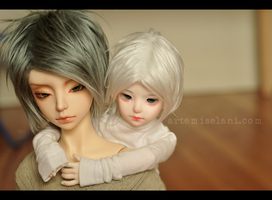Little Big Love by artemiselani