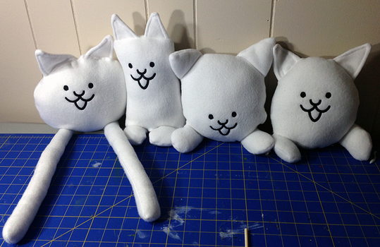 Battle Cats Inspired Plushie by tone-e-rome