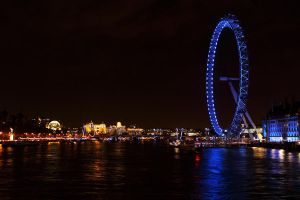 London Eye by kupenska