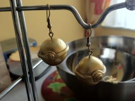Golden Pokeballs Earrings by Quilate